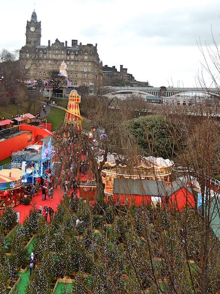 edinburgh-christmas-market