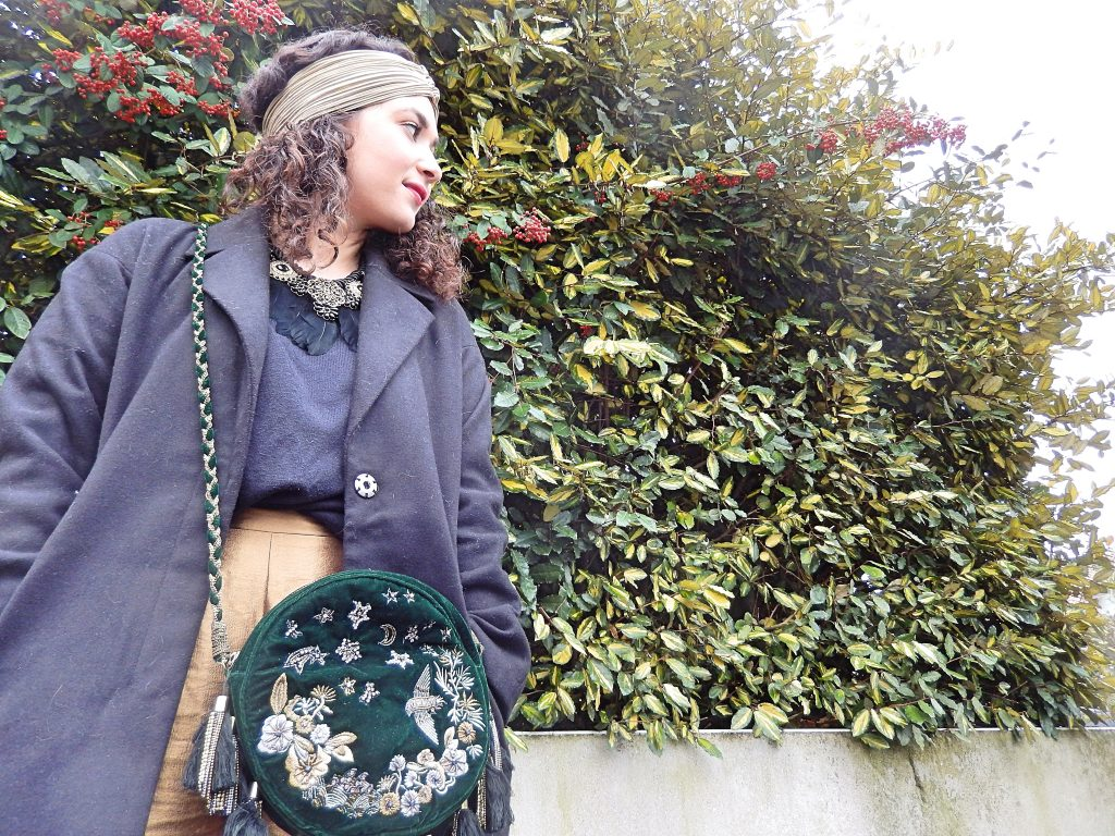 gold-trouser-and-velvet-green-purse